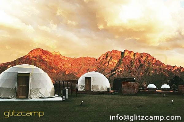 glamping resort on mountains-luxury tent hotels in Japan-glamping geodesic dome tent-eco living geodome tents (10)
