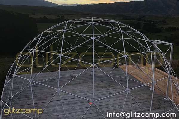geodesic dome glamping in valley-geodome tent for luxury resorts-eco living domes for valley camp-glamping dome tents sale nz usa uk spain india (30)