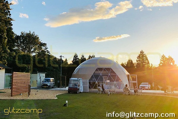 glamping resort on mountains-luxury tent hotels in Japan-glamping geodesic dome tent-eco living geodome tents (8)