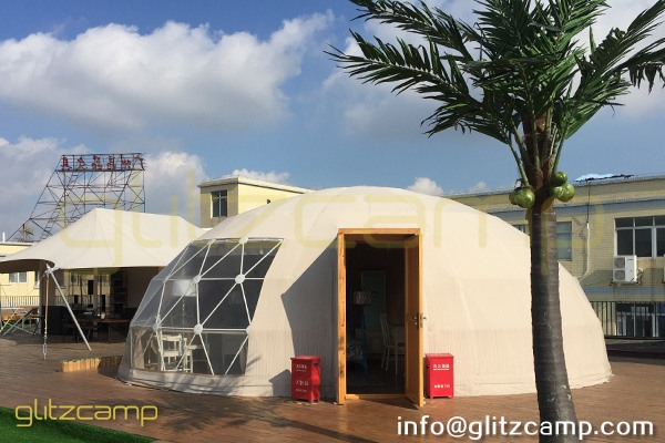 luxury glamping tents in rooftop showroom-safari lodge tent for resort-eco living dome igloo-geodome tents for campsite-portable snooze box hotels-glitzcamp display area (38)