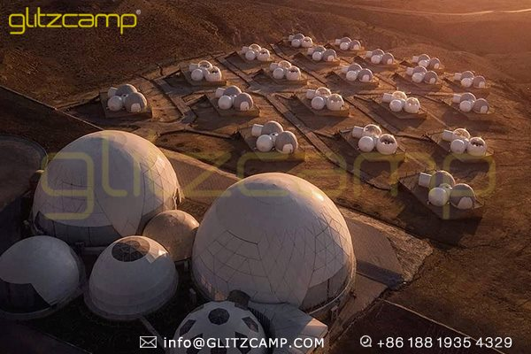 dome tents in desert campsite-desert glamping dome shelter-catering dome tent for outdoor restaurant-geodesic domes group for desert resort solution-glitzcamp (1)